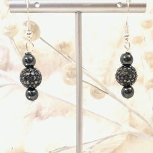 Frontrow.style Jewelry - Sterling Silver Earrings Hematite Crystal Romance